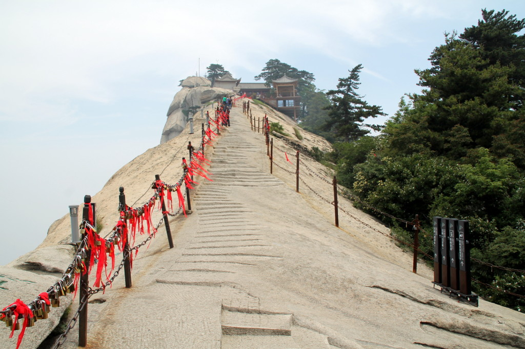 Day Trip From Xian To Mount Huashan China I Put My Life