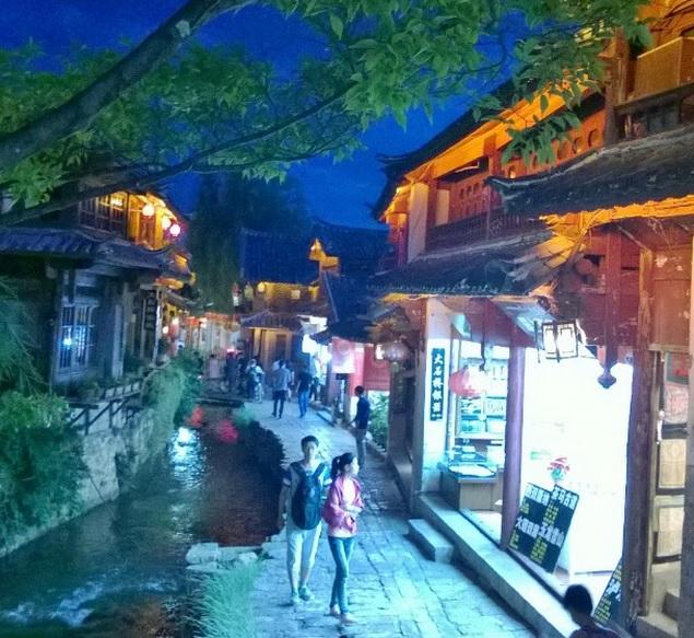 Lijiang China at night