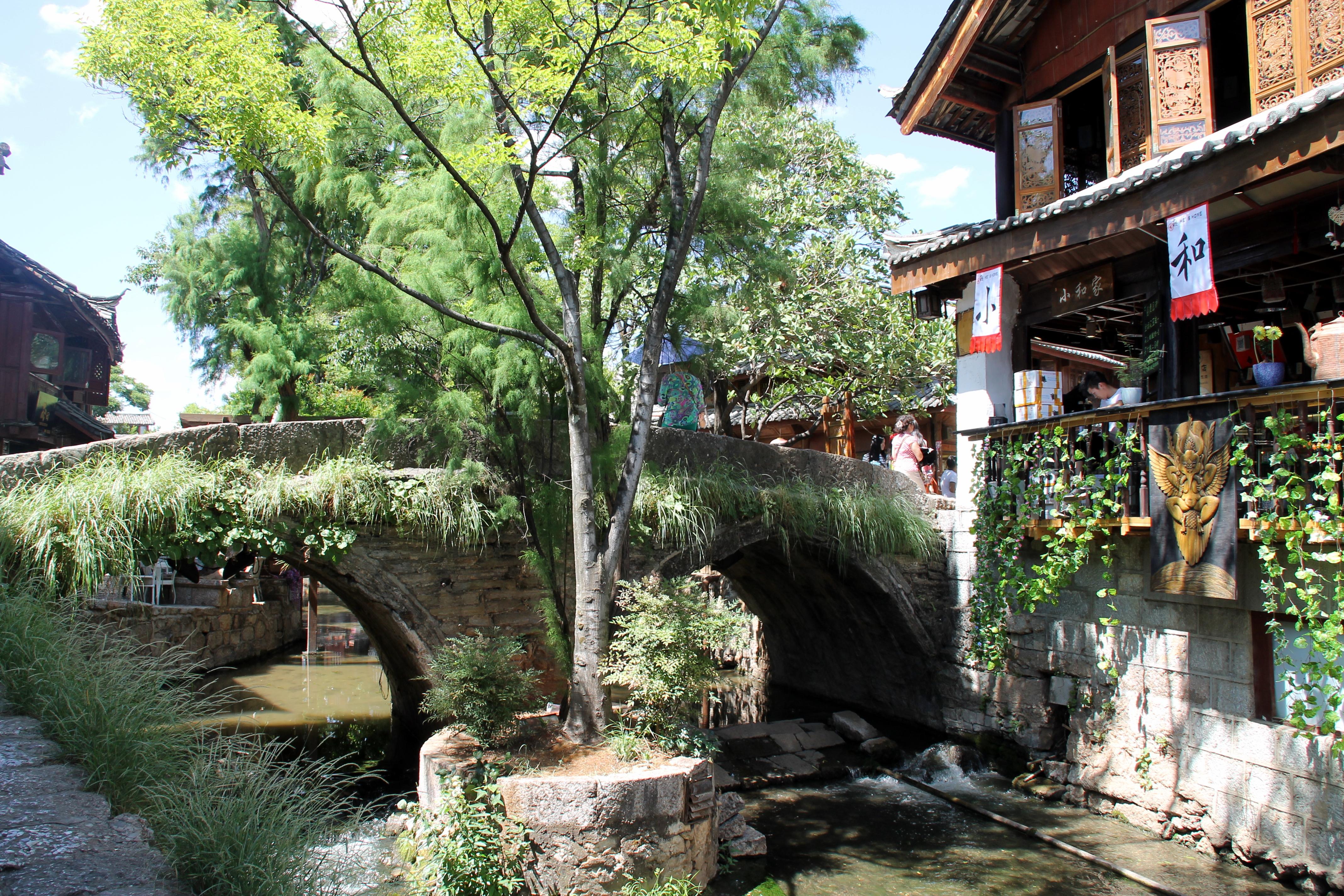 stone bridge lijiang china