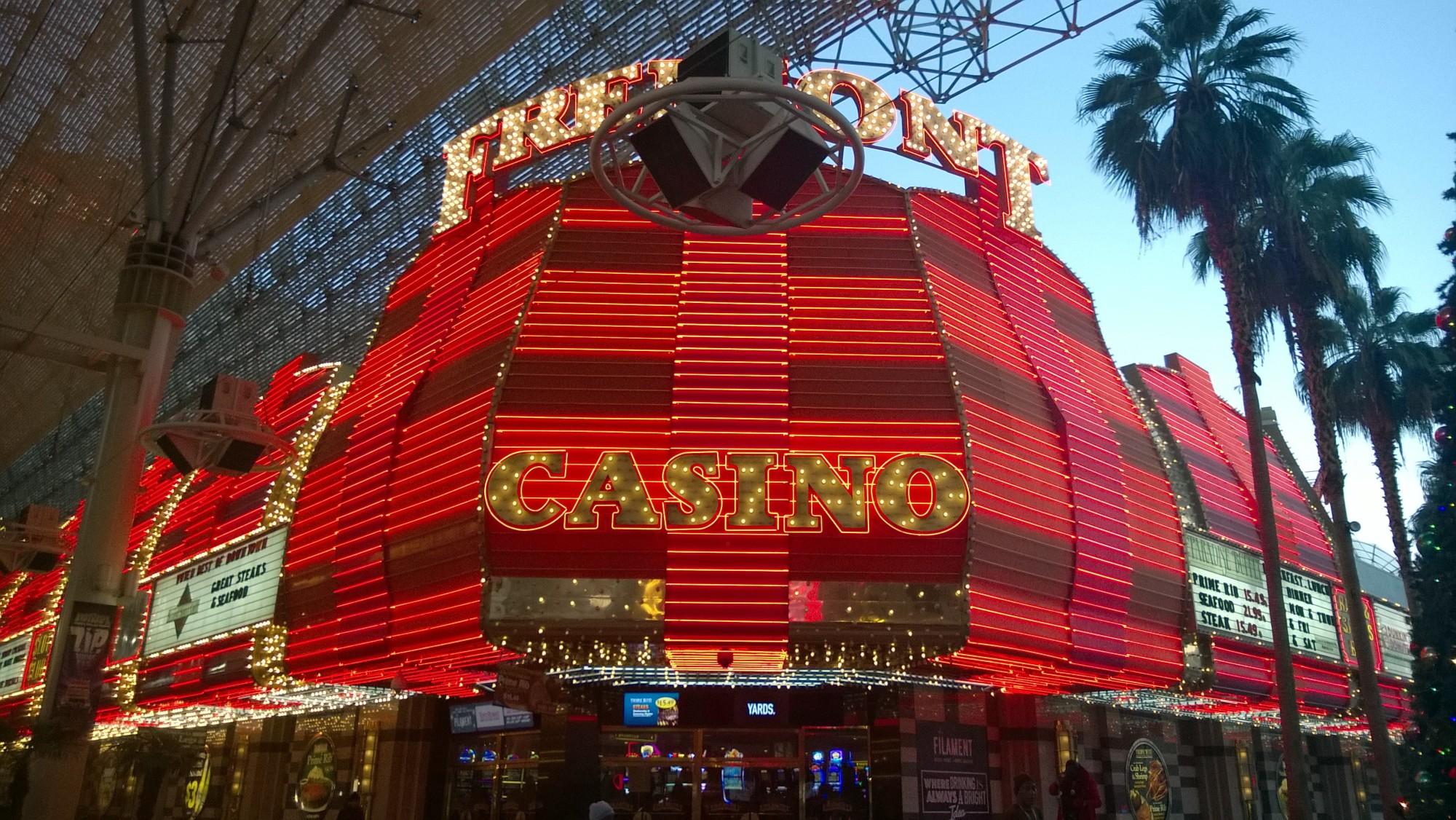 Казино с реальным покером онлайн